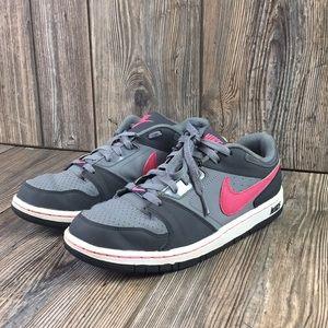 Nike Prestige IV Girls Size 7Y USED